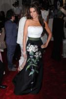 Sofia Vergara - New York - 02-05-2011 - Il Metropolitan Museum rende omaggio allo stilista Alexander McQueen durante l'annuale Costume Institute Gala Benefit
