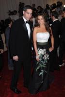Nick Loeb, Sofia Vergara - New York - 02-05-2011 - Il Metropolitan Museum rende omaggio allo stilista Alexander McQueen durante l'annuale Costume Institute Gala Benefit