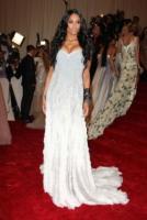 Ciara - New York - 02-05-2011 - Il Metropolitan Museum rende omaggio allo stilista Alexander McQueen durante l'annuale Costume Institute Gala Benefit