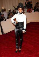Janelle Monae - New York - 02-05-2011 - Il Metropolitan Museum rende omaggio allo stilista Alexander McQueen durante l'annuale Costume Institute Gala Benefit