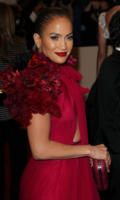 Jennifer Lopez - New York - 02-05-2011 - Il Metropolitan Museum rende omaggio allo stilista Alexander McQueen durante l'annuale Costume Institute Gala Benefit
