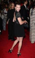 Milla Jovovich - New York - 02-05-2011 - Il Metropolitan Museum rende omaggio allo stilista Alexander McQueen durante l'annuale Costume Institute Gala Benefit