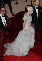 Daphne Guiness - New York - 02-05-2011 - Il Metropolitan Museum rende omaggio allo stilista Alexander McQueen durante l'annuale Costume Institute Gala Benefit
