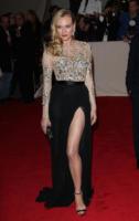 Diane Kruger - New York - 02-05-2011 - Il Metropolitan Museum rende omaggio allo stilista Alexander McQueen durante l'annuale Costume Institute Gala Benefit