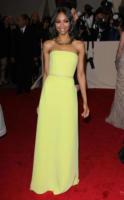 Zoe Saldana - New York - 02-05-2011 - Il Metropolitan Museum rende omaggio allo stilista Alexander McQueen durante l'annuale Costume Institute Gala Benefit
