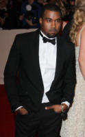 Kanye West - New York - 02-05-2011 - Il Metropolitan Museum rende omaggio allo stilista Alexander McQueen durante l'annuale Costume Institute Gala Benefit