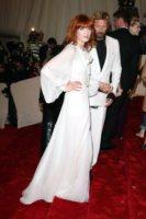 Florence Welch - New York - 02-05-2011 - Il Metropolitan Museum rende omaggio allo stilista Alexander McQueen durante l'annuale Costume Institute Gala Benefit