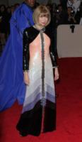 Anna Wintour - New York - 02-05-2011 - Il Metropolitan Museum rende omaggio allo stilista Alexander McQueen durante l'annuale Costume Institute Gala Benefit