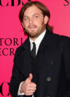 Caleb Followill - New York - 19-11-2009 - Caleb Followill dei Kings of Leon si sposa a maggio ma non sa la data