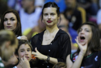 Adriana Lima - Barcellona - 08-05-2011 - Quando le celebrity diventano il pubblico