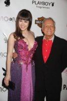 Claire Sinclair, Hugh Hefner - Las Vegas - 08-05-2011 - Hugh Hefner premiato dall'associazione Angelwish per i suoi sforzi umanitari