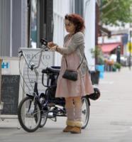Helena Bonham Carter - Londra - 09-05-2011 - Il mattino ha l'oro in bocca… e la stanchezza in faccia!