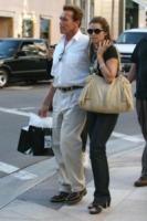 Maria Shriver, Arnold Schwarzenegger - Beverly Hills - 01-12-1997 - E' un figlio illegittimo il motivo della sperazione tra Arnold Schwarzenegger e la moglie Maria Shriver