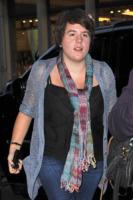 Isabella Cruise - New York - 06-09-2010 - Bella Cruise lavora con la matrigna Katie Holmes