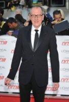 Geoffrey Rush - Londra - 11-05-2011 - Anne Hathaway nel cast dei Miserabili