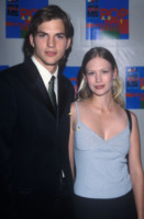 January Jones, Ashton Kutcher - Hollywood - 28-04-2000 - Dieci coppie famose... che non sapevate fossero state coppie!
