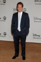 Matthew Perry - Los Angeles - 01-08-2010 - Matthew Perry torna in clinica per continuare la sua guarigione