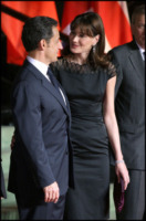 Nicolas Sarkozy, Carla Bruni - Carla Bruni aspetta un maschietto: il piccolo Sarko in arrivo a ottobre