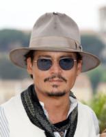 Johnny Depp - Cannes - 14-05-2011 - L'ultimatum di Vanessa Paradis a Johnny Depp: porta via tutti quei cappelli