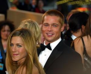 Jennifer Aniston, Brad Pitt - Los Angeles - 30-04-2010 - Brad Pitt e Kate Hudson: sbirciatina agli ex della nuova coppia!