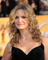 Kyra Sedgwick - Los Angeles - 30-01-2011 - Dopo la fine di Closer arriva lo spinoff con Mary McDonald
