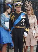 Principessa  Beatrice di York - Londra - 12-05-2011 - Il cappello della principessa Beatrice raccoglie 20 mila sterline