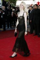 Claudia Schiffer - Cannes - 20-05-2011 - Cannes 2017: vi ricordate lo spacco di Bella Hadid?