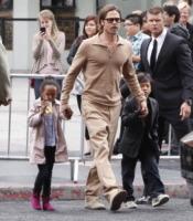 Zahara Jolie Pitt, Pax Thien Jolie Pitt, Brad Pitt - Hollywood - Brad Pitt, l'FBI indaga per abuso di minori