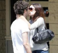 """Adam Brody, Rachel Bilson - San Diego - 22-05-2006 - Adam Brody e Rachel Bilsen di """"The O.C."""" si lasciano, per davvero"""