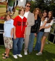 figli, Maria Shriver, Arnold Schwarzenegger - Westwood - 02-04-2006 - Altri guai, e figli illegittimi, per Arnold Schwarzenegger