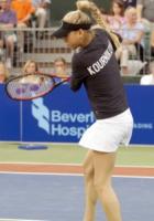 Anna Kournikova - Boston - 19-07-2010 - Anna Kournikova nuova allenatrice del reality Biggest loser