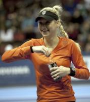 Anna Kournikova - Miami - 15-04-2011 - Anna Kournikova nuova allenatrice del reality Biggest loser