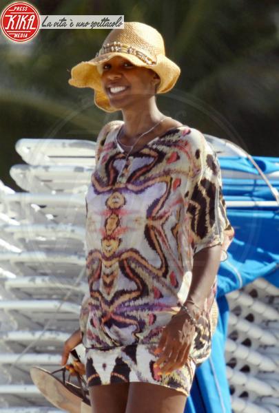 Kelly Rowland - Miami - 30-05-2011 - Kelly Rowland è incinta del suo primo figlio