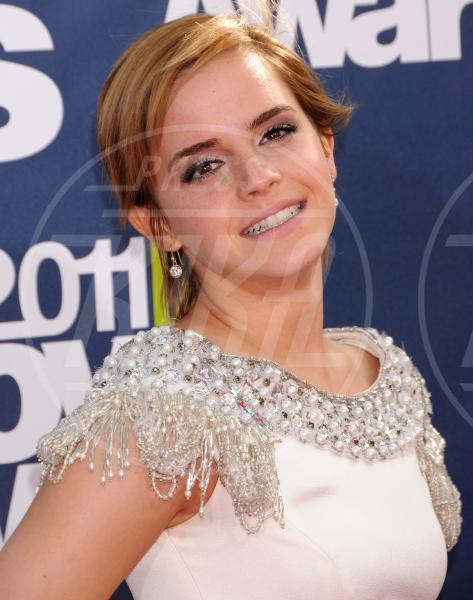 Emma Watson - Los Angeles - 06-06-2011 - Emma Watson: addio streghetta, è nata una diva