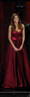 Belen Rodriguez - Sanremo - 17-02-2011 - Chi lo indossa meglio? Sanremo vs Hollywood