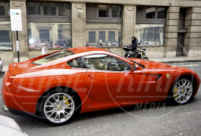 Rod Stewart - Londra - 09-06-2011 - A Hollywood sono tutti matti per la Ferrari