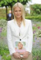 Gwyneth Paltrow - Londra - 23-05-2011 - Gwyneth Paltrow ha scritto un libro sul sesso