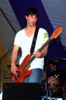 Keanu Reeves - Anaheim - 17-08-1997 - Star come noi: le celebritàse le suonano!