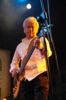 Damn Right I Got The Blues Band, Ken Follett - Marina di Pietrasanta - 12-06-2011 - Star come noi: le celebrità se le suonano!