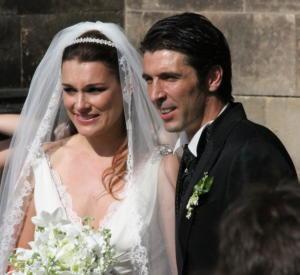 Gianluigi Buffon, Alena Seredova - Praga - 16-06-2011 - Alena Seredova, addio alla casa dove ha vissuto con Buffon