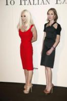 Allegra Versace, Donatella Versace - Milano - 17-06-2011 - Allegra Versace, ecco come è cambiata