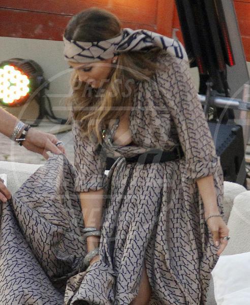 Jennifer Lopez - Maiorca - 18-06-2011 - I segreti delle dive non sono più coperti…dal vestito