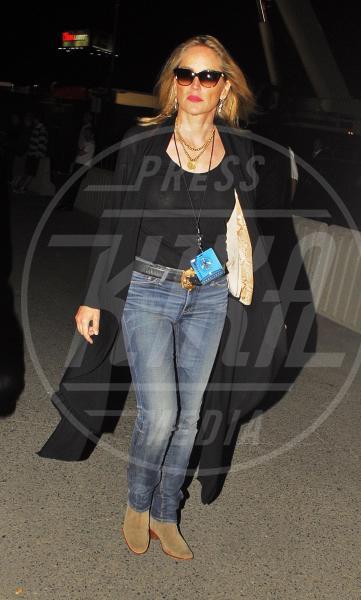 Sharon Stone - 19-06-2011 - Sharon, qualche volta il reggiseno mettilo. O anche no