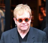 Dolce&Gabbana, Gabbana, Elton John - Beverly Hills - 15-01-2010 - Sir Elton John ricoverato per un'appendicite