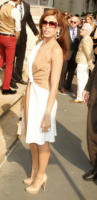 Eva Mendes - New York - 28-06-2011 - Parata di stelle ed eleganza alla sfilata newyorkese Salvatore Ferragamo