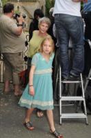 Lila Grace Moss - Southrop - 30-06-2011 - Tale madre tale figlia, giovanissima: la riconosci?