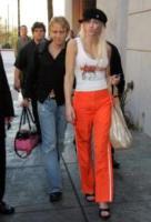Anna Nicole Smith - Los Angeles - 01-06-2006 - Il giudice ordina l'esame del DNA per la figlia di Anne Nicole Smith