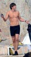 Ashton Kutcher - Los Angeles - 06-07-2011 - David Gandy è diventato papà: ora anche lui è un DILF...