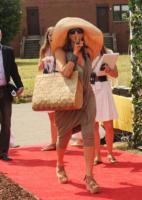 Donna Karan - New York - 08-07-2011 - Paglia, vimini & corda: ecco le borse dell'estate!
