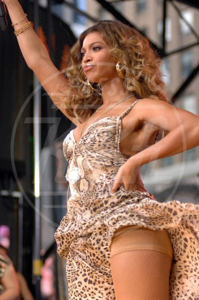 Beyonce Knowles - New York - 08-09-2006 - Kate Walsh e la rivincita delle spanx